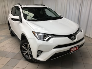 2017 Toyota RAV4 XLE FWD Alloys Sunroof