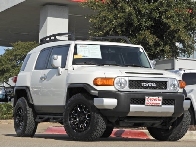 2014 Toyota FJ Cruiser Offroad Package SUV