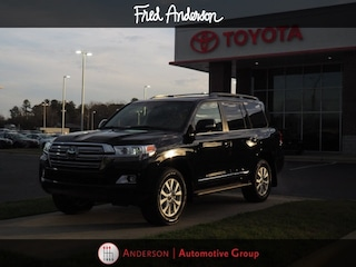 New 2019 Toyota Land Cruiser V8 SUV