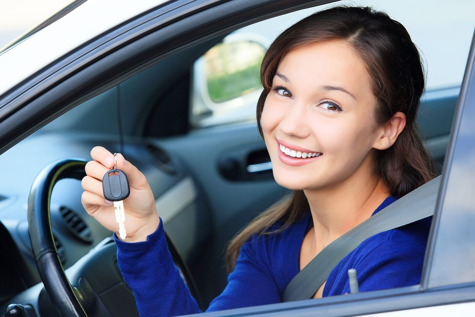 Steps to Follow When You Are Looking to Buy a Car from Auto Dealers
