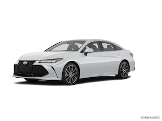 New 2019 Toyota Avalon XSE Sedan in Lakewood NJ