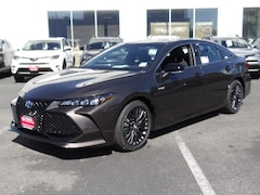 2019 Toyota Avalon Hybrid XSE Sedan 190018