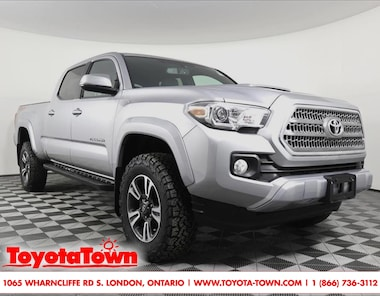 2017 Toyota Tacoma 4x4 DOUBLE CAB TRD SPORT NAVIGATION Truck