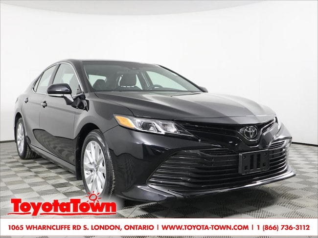 2018 Toyota Camry LE HEATED SEATS BACKUP CAMERA PRE-COLLISION Sedan