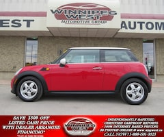 2011 MINI Cooper 6 SPEED, HEATED LEATHER, BLUETOOTH, LOCAL, LOW K'S Hatchback
