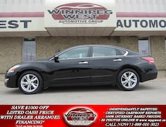 2015 Nissan Altima 2.5 SL BLACK BEAUTY, LEATHER, ROOF, NOT EASTERN! Sedan