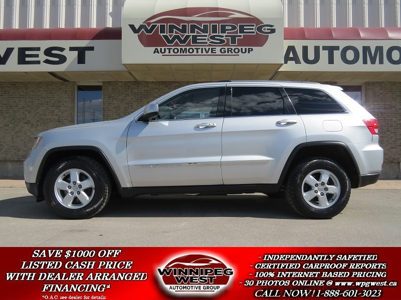 2011 Jeep Grand Cherokee LAREDO 4X4, LOADED, PUSH BUTTON START, HUGE VALUE!