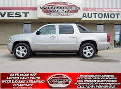 2008 Chevrolet Avalanche 1500 LTZ CREW 4X4, NAV, ROOF, LEATHER, CRAZY NICE! Truck Crew Cab