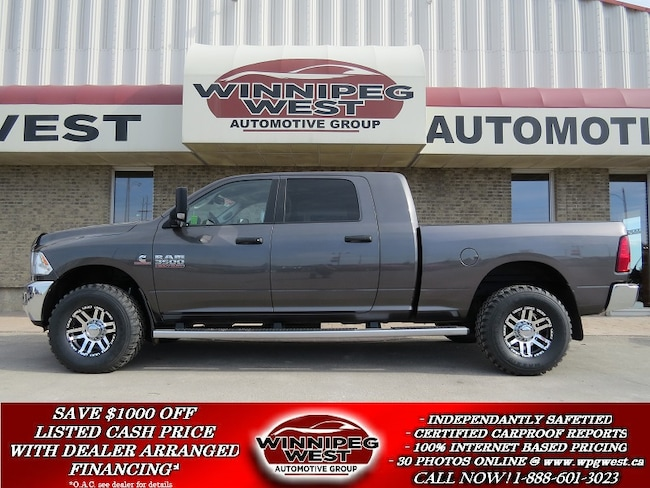 2015 Ram 3500 MEGA CAB, CUMMINS DIESEL, LOADED, LIKE NEW, SHARP! Truck Mega Cab