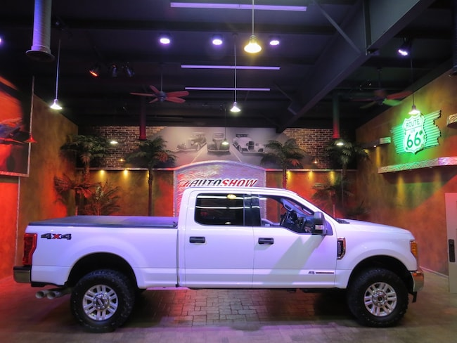 2017 Ford F-250 SUPER DUTY XLT 4x4 Powerstroke Diesel - Must See!! Truck