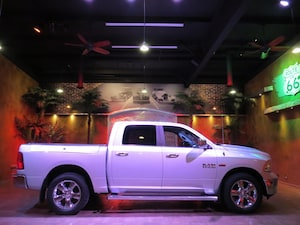 2014 Dodge Ram 1500 SLT Big Horn - B.Up Cam, Big Screen, Tow Pkg!!