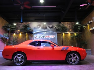 2009 Dodge Challenger R/T - Always Garaged - As NEW!!  Iconic Hemi Orang