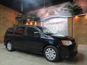 2011 Dodge Grand Caravan Low KMs!!  Stow n Go w/ Rear AC & Heat!