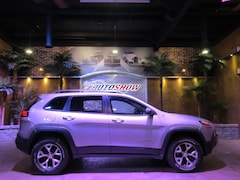 2018 Jeep Cherokee Trailhawk 4WD - Pano Roof, Htd & A/C Lthr, R.Start SUV