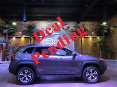 2018 Jeep Cherokee Trailhawk - Pano Roof, Htd & A/C Lthr, R.Start!! SUV