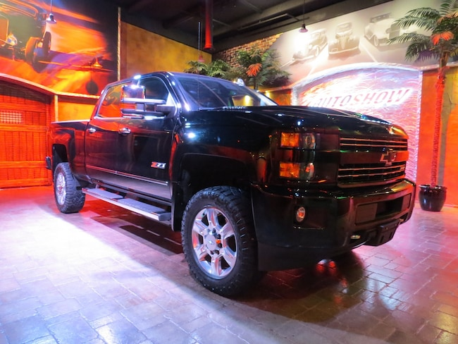 2018 Chevrolet SILVERADO 2500HD LTZ ** LIKE NEW!!  MIDNIGHT BLACK DURAMAX!!! ** Truck