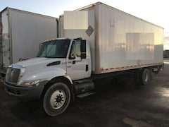 2006 INTERNATIONAL 4300 DAY CAB