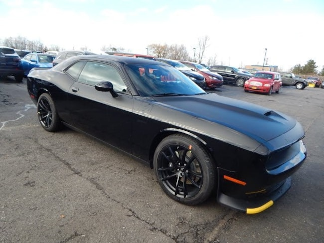 New 2019 Dodge Challenger R/T SCAT PACK Coupe Near Buffalo