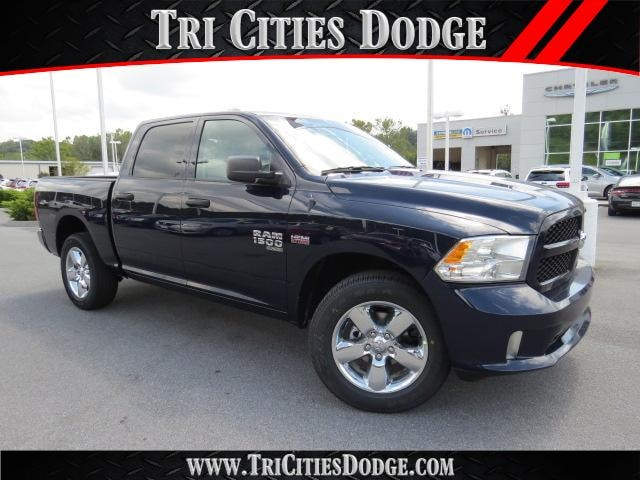 2019 Ram 1500 Classic Express Crew Cab 4x4 5 7 Box 3008572 For Sale Kingsport Near Johnson City Morristown Bristol Tn