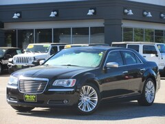 2012 Chrysler 300 C Luxury ED. RWD Hemi V8 / M. Roof /  Navigation sedan
