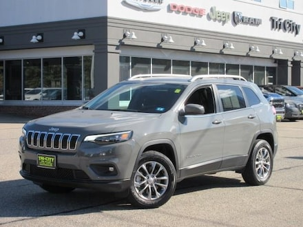 2020 Jeep Cherokee Latitude Plus 4WD 4 CYL. / Cold Weather Pack. suv