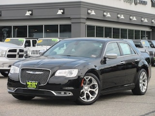 2018 Chrysler 300 C  RWD / 5.7 Hemi V8 / Navi / Alpine Audio sedan