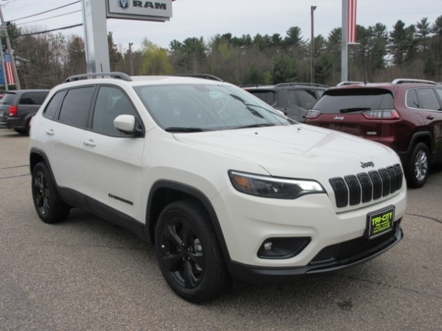 Tri City Jeep >> New 2019 Jeep Cherokee For Sale At Tri City Chrysler Dodge