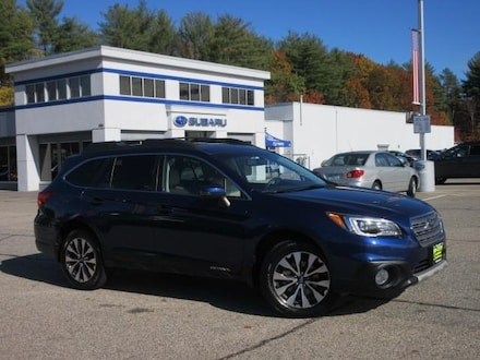 2017 Subaru Outback 2.5I Limited AWD / Moon Roof /  Auto SUV Somersworth New Hampshire