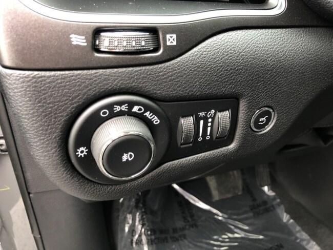 New 2019 Jeep Cherokee Trailhawk 4x4 For Sale Branson Mo