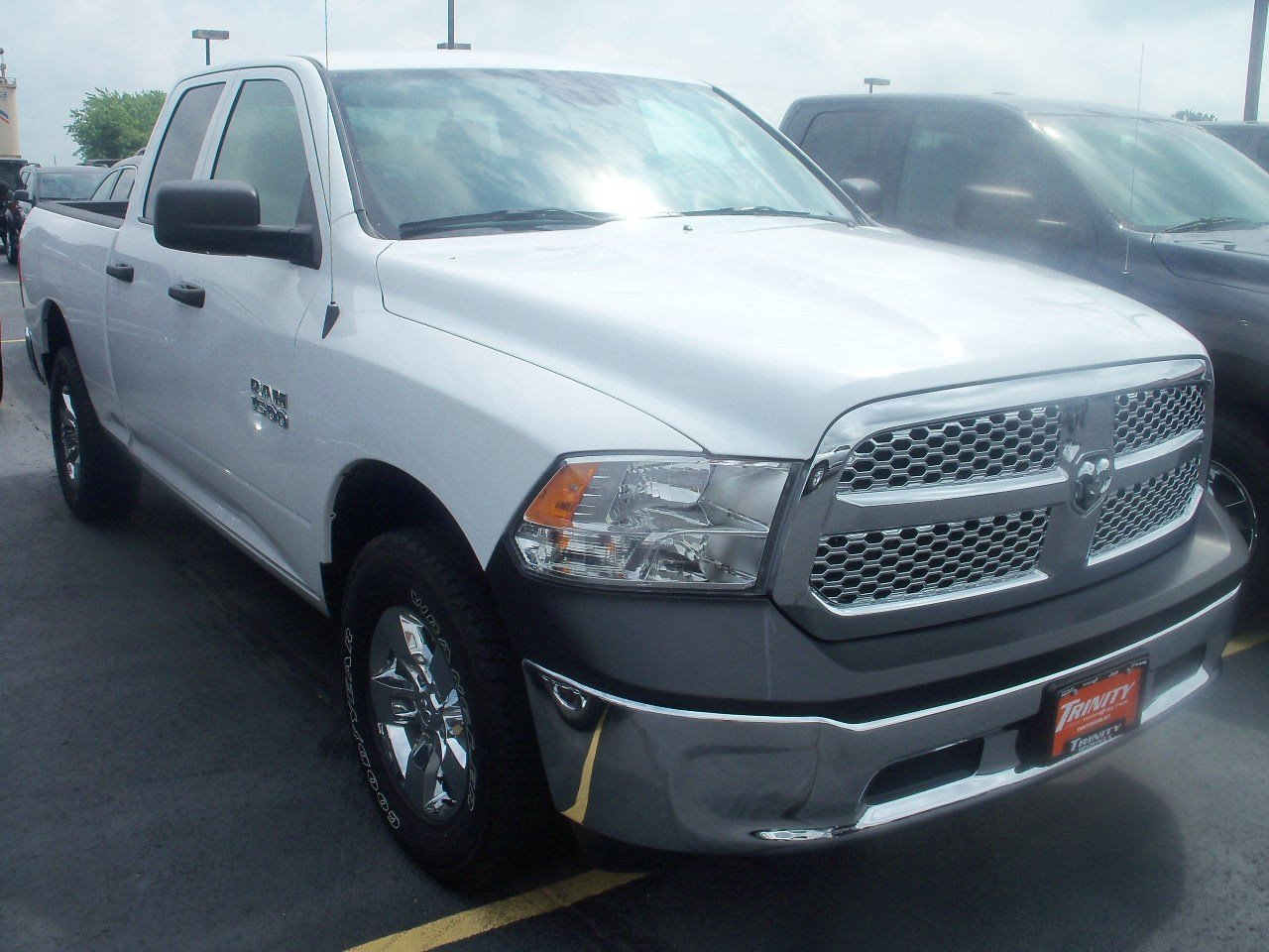 used 2016 ram 1500 tradesman quad cab 4x4 for sale in taylorville near springfield il vin. Black Bedroom Furniture Sets. Home Design Ideas