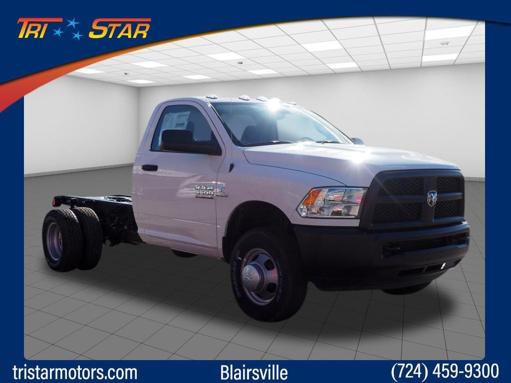 2018 Ram 3500 Chassis 4x4 Tradesman Regular Cab 143.5 in. WB Chassis