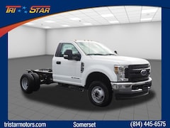 New commercial work pickup trucks and cargo vans 2019 Ford F-350 Chassis 4x4 XL  Regular Cab 145 in. WB DRW Chassis for sale near you in Pennsylvania