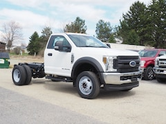 New commercial work pickup trucks and cargo vans 2019 Ford F-550 Chassis Chassis Cab for sale near you in Pennsylvania