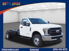 New commercial work pickup trucks and cargo vans 2019 Ford F-350 Chassis 4x4 XL  Regular Cab 169 in. WB DRW Chassis for sale near you in Pennsylvania