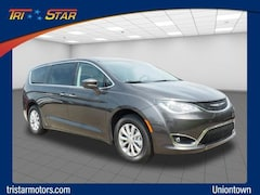 New 2019 Chrysler Pacifica TOURING PLUS Passenger Van Uniontown, PA