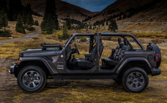 Jeep Wrangler Interior Review Cumming Ga Troncalli Cdjr