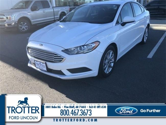 Pre-Owned 2017 Ford Fusion SE Car for sale in Pine Bluff, AR