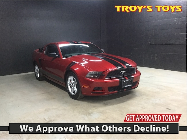 2013 Ford Mustang A Must See!  Coupe