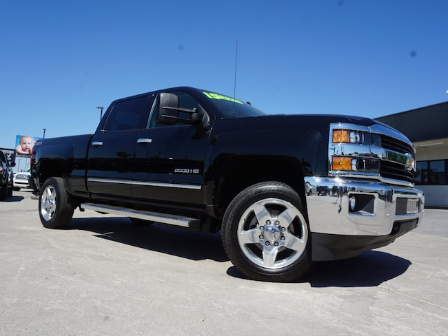 Used 2015 Chevrolet Silverado 2500HD Crwc 4x4 LTZ  Crew Cab SB for sale in Phoenix, AZ at Truckmasters