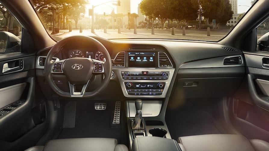 2016 Hyundai Elantra Vs. 2016 Hyundai Sonata: Safety U0026 Technology