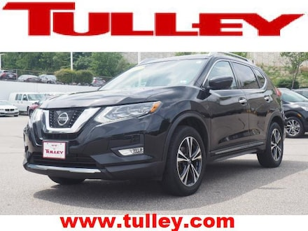 Used 2017 Nissan Rogue SL SUV for sale in Nashua, NH