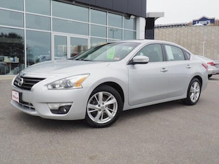 Used 2013 Nissan Altima 2.5 SV Sedan for sale in Manchester, NH