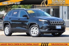 2018 Jeep Cherokee Latitude FWD Certified Pre-Owned SUV