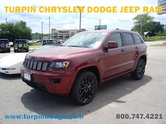 New 2019 Jeep Grand Cherokee ALTITUDE 4X4 Sport Utility for sale in Dubuque, IA