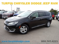 New 2018 Chrysler Pacifica Hybrid TOURING L Passenger Van for sale in Dubuque, IA