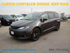 New 2019 Chrysler Pacifica TOURING PLUS Passenger Van for sale in Dubuque, IA