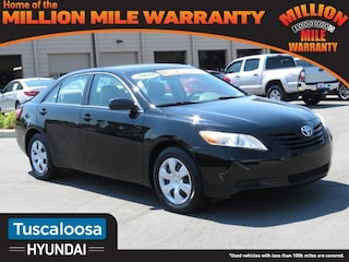 2009 Toyota Camry LE Mid-Size Car