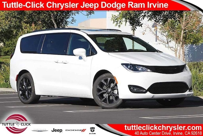 New 2019 Chrysler Pacifica TOURING L PLUS Passenger Van Irvine