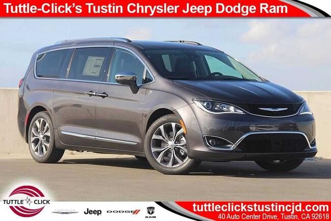 New 2019 Chrysler Pacifica LIMITED Passenger Van Tustin