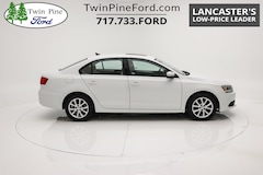 Used 2014 Volkswagen Jetta Sedan SE w/Connectivity/Sunroof PZEV Car for sale near Lancaster, PA